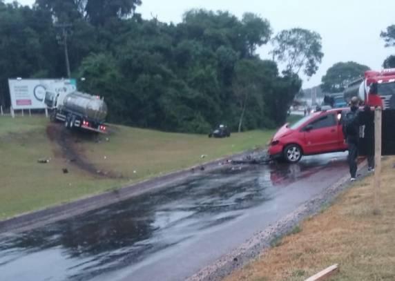 Acidente entre caminhão e automóvel deixa seis pessoas feridas em Santa Rosa