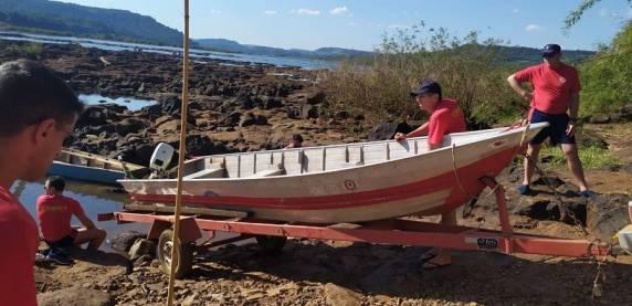 Bombeiros encontram corpos de três jovens desaparecidos após barco virar em Novo Machado