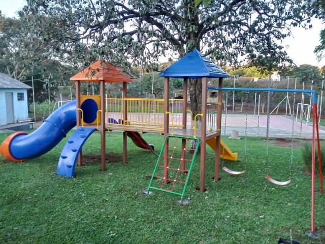 Prefeitura instala seis playgrounds em bairros e um em Consolata